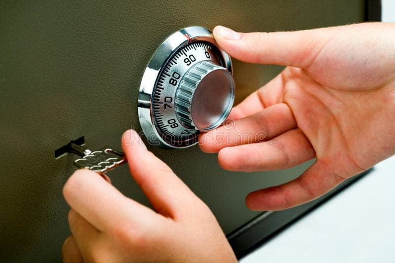 Durham Locksmith opening-safe-3294173